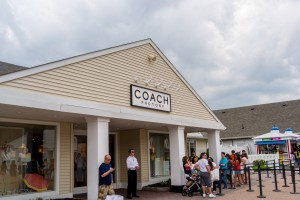 couch outlet store 7ky6  Coach Factory Outlet Store Woodbury Commons